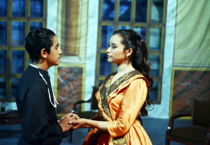 Se destacó la labor actoral de los alumnos participantes en la obra Amor que perdona. (Milenio Novedades)