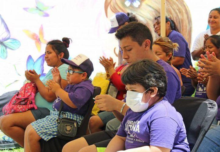 La Fundación Aitana firmó un acuerdo con la clínica Fisioterapia Integral Cancún para apoyar a personas con cáncer. (Jesús Tijerina/SIPSE)