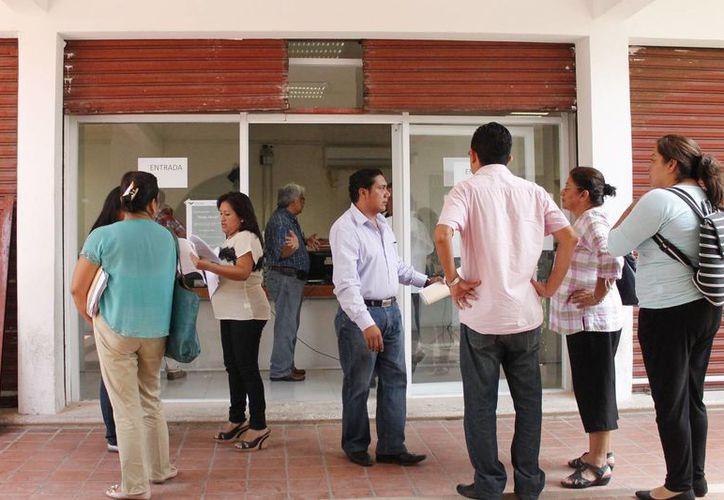 Al año se atienden 300 demandas laborales, el espacio y el personal para atenderlas son insuficientes. (Harold Alcocer/SIPSE)