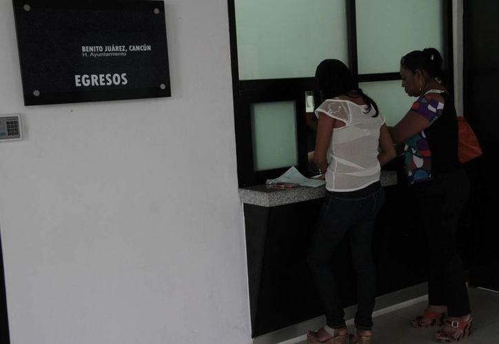 Piden a la ciudadanía cumplir con sus obligaciones para incrementar las finanzas del Ayuntamiento. (Tomás Álvarez/SIPSE)