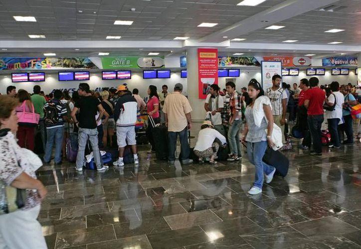 Este mismo modelo ya se aplica en las terminales 1 y 2 del Aeropuerto Internacional de la Ciudad de México. (Archivo/ SIPSE)