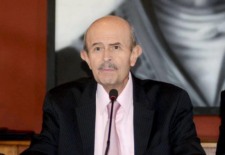 Fausto Vallejo no está bajo la lupa de la PGR, confirmó Murillo Karam. (Notimex)