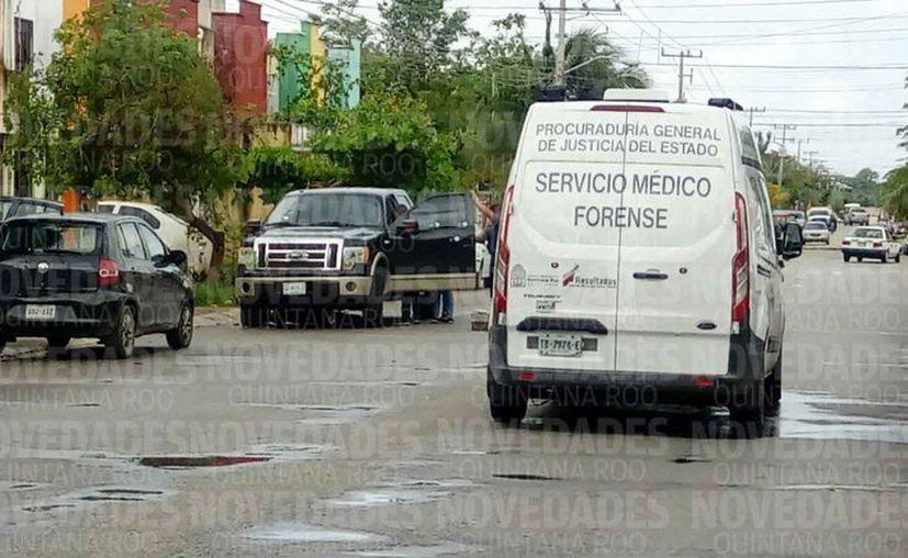 Autoridades policíacas arribaron a la Región 224, para realizar las investigaciones pertinentes. (Eric Galindo/SIPSE)