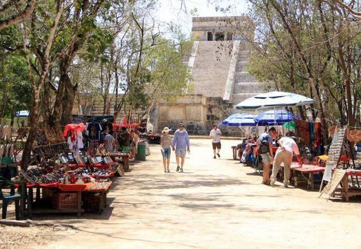 Patronato Cultur reveló que existe un compromiso del Gobierno del Estado para definir en esta administración un programa que mejore la oferta turística de esa zona maya. (Milenio Novedades)