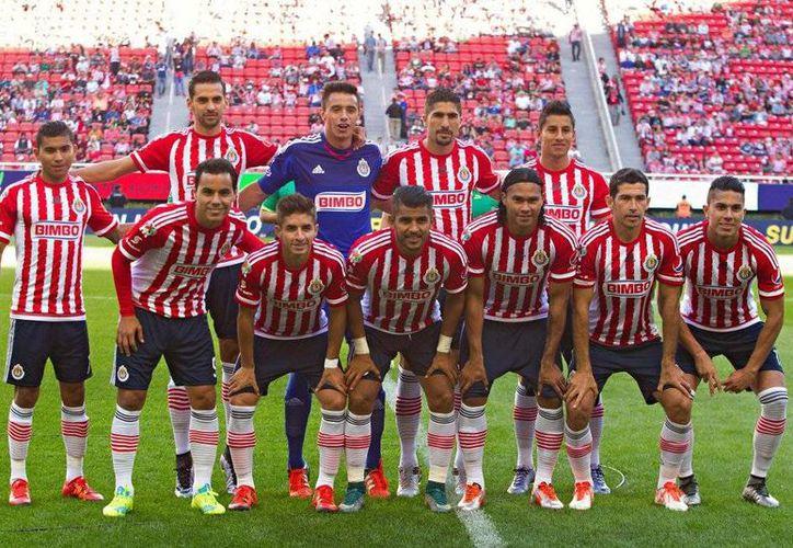 La directiva del Guadalajara se mostró inconforme con el cambio de su partido de este domingo ante Pumas. (Archivo Mexsport)
