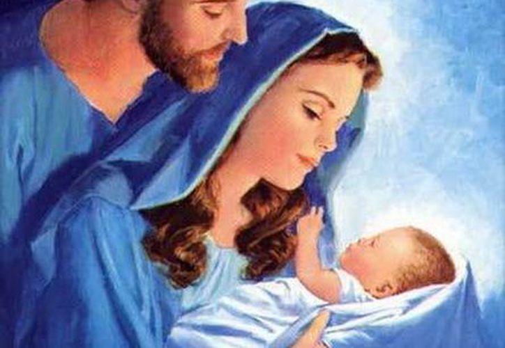 El prototipo y modelo ejemplar será siempre la Familia de Nazareth: Jesús, María y José; con todas las pruebas y vicisitudes que tuvieron que afrontar pero en la comunión del amor. (SIPSE)