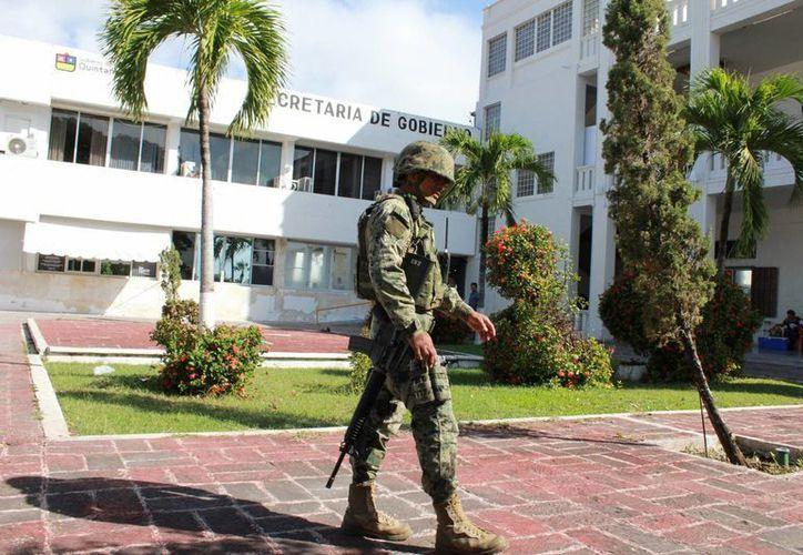 Trascendió que la reunión privada que se celebró en el Palacio de Gobierno, tuvo como objetivo organizar una estrategia para la prevención de delitos y reforzamiento de la seguridad. (Eddy Bonilla/SIPSE)