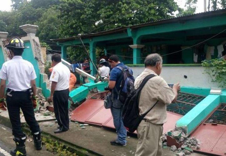 Muchas viviendas y edificios tuvieron daños significativos en su estructura. (Foto: Publinews)