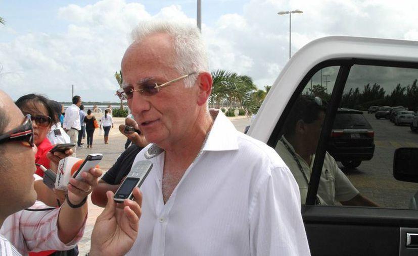Rodolfo López Negrete dijo que en México se tienen suficientes fortalezas para ser competitivos. (Miguel Ángel Ortiz/SIPSE)