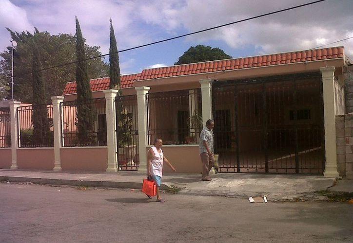 El dueño de esta casa descubrió alrededor de las once de la noche que le habían robado. (SIPSE)
