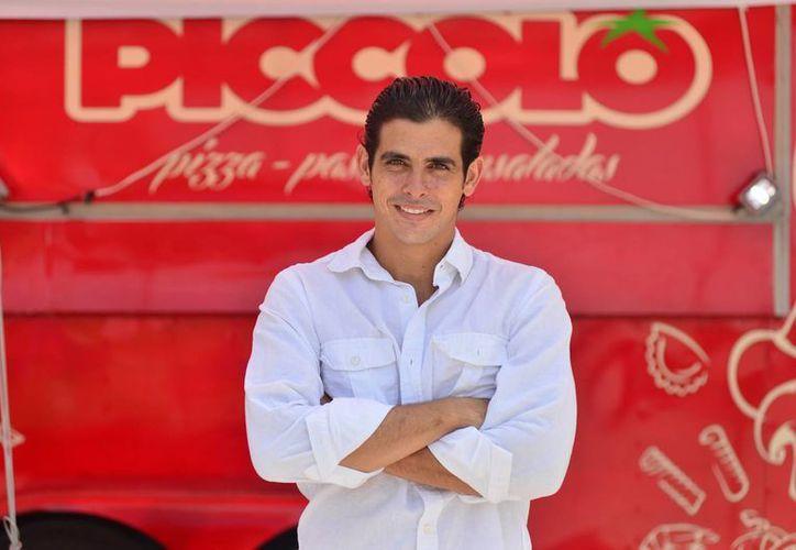 """""""Algo que le aprendí a mi padre es que las utilidades de los negocios se sacan con rastrillos, eso quiere decir que sólo que hay que tomar un poco y dejar la mayoría para la empresa para darle oportunidad de crecer"""", dijo Ernesto González Piccolo."""