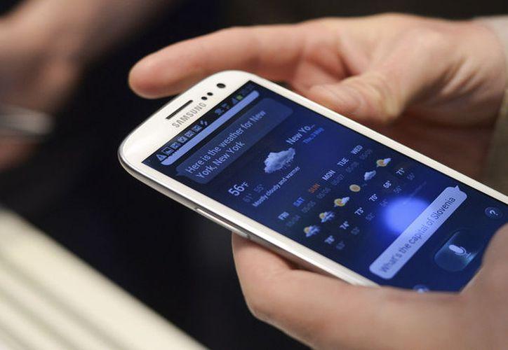 Especialistas advierten que Android tiene miles de aplicaciones con virus. (Foto: Contexto)