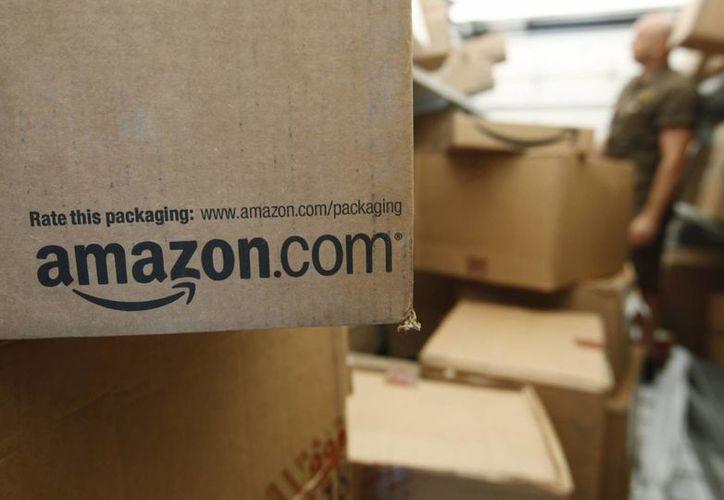Amazon está demandando a más de mil personas que se ofrecieron para escribir comentarios de productos falsos en la red. (Agencias)