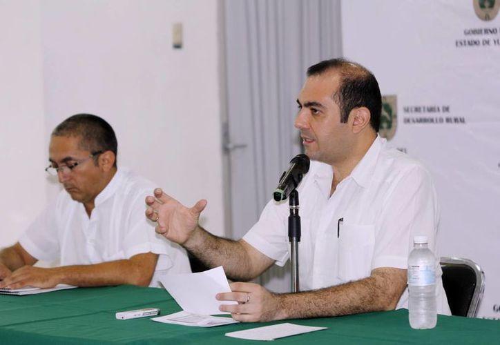 """Felipe Cervera Hernández señaló que """"Peso a Peso""""  es una alianza económica de grandes beneficios. (Milenio Novedades)"""
