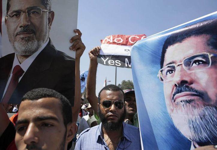 Partidarios del presidente egipcio depuesto Mohamed Morsi se manifiestan en El Cairo. (Agencias)