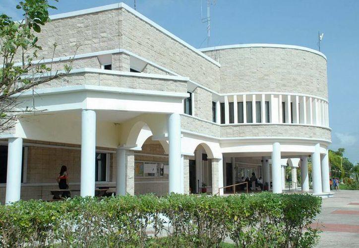 El campus de la Uqroo en Cancún estará listo para el ciclo 2015-2016, según el gobierno estatal.  (Redacción/SIPSE)
