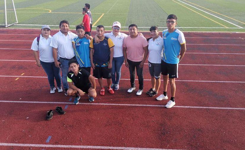 El pasado fin de semana, los jóvenes con discapacidad acudieron a Cancún para participar en las paralimpiadas estatales. (Jesús Caamal/SIPSE)