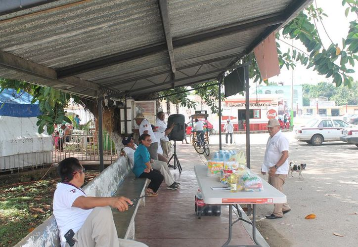 El centro de acopio fue instalado por el Sindicato de Taxistas de Kantunilkín. (Gloria Poot/SIPSE)
