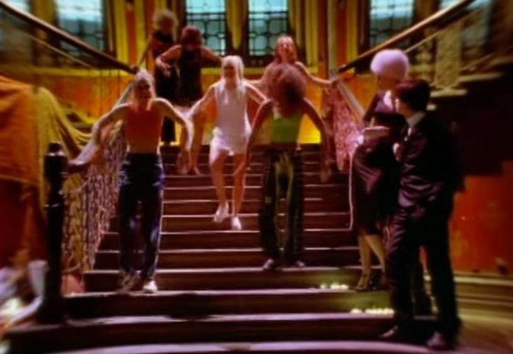 El tema 'Wannabe' permaneció siete semanas en el primer puesto de éxitos británicos en 1996.