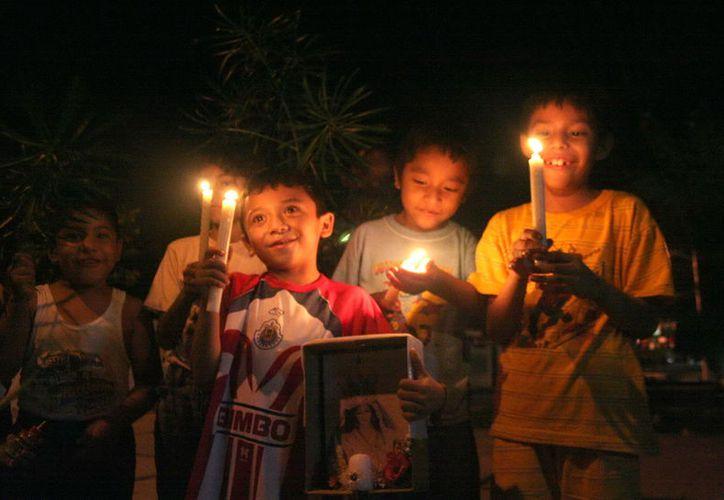 Las tradicionales ramadas comienzan a cantar de casa en casa a partir del primero de diciembre. (Archivo/ Milenio Novedades)