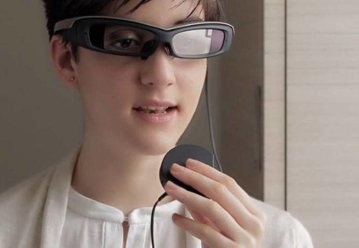 """Los """"SmartEyeglass"""" de Sony costarán 840 dólares. Saldrá a la venta el próximo 10 de marzo. (Sony)"""