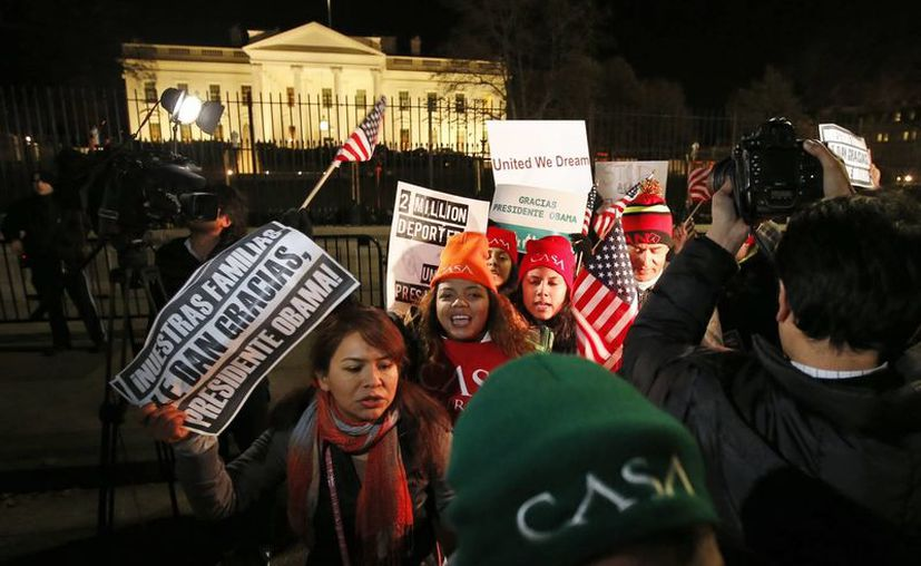 A pesar de beneficiar a millones de indocumentados, las medidas anunciadas por Obama dejan en el aire a poco más de la mitad de ilegales que residen en Estados Unidos. (AP)
