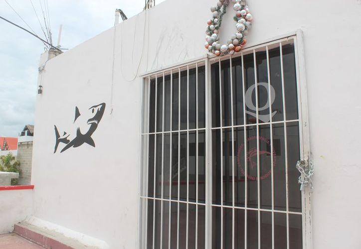 Desconocen cuándo abrirán las oficinas del Sindicato de Taxistas Tiburones del Caribe. (Sara Cauich/SIPSE)