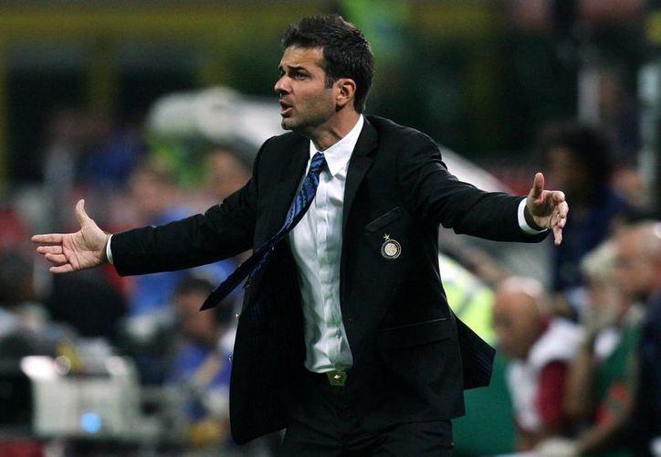 Stramaccioni nunca antes había dirigido un equipo de futbol. (echeion.it/Archivo)