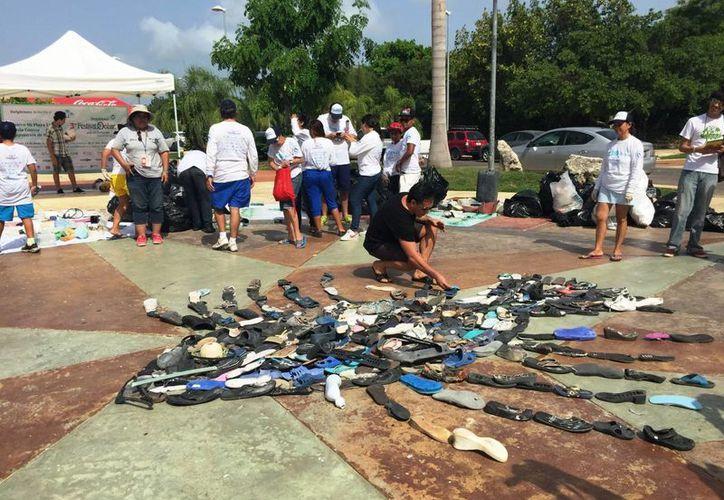 Las actividades finalizaron con una exhibición de los residuos en el Malecón Tajamar. (Tomás Álvarez/SIPSE)