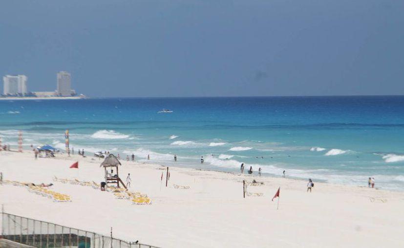 Los cariocas están interesados en visitar el Caribe mexicano. (Israel Leal/SIPSE)