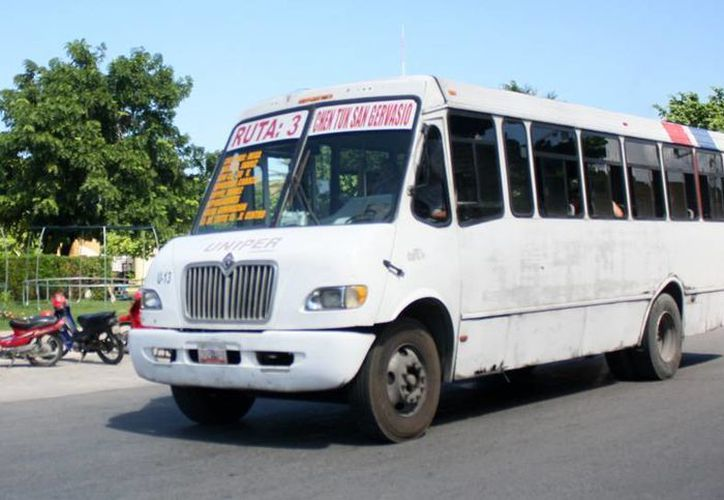 Anuncian sustitución de autobuses por unidades más pequeñas y cómodas. (Cortesía/SIPSE)