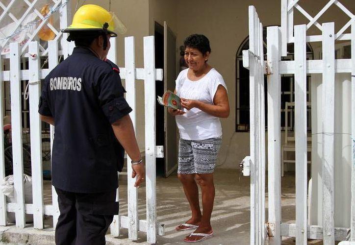 Las revistas serán repartidas de casa en casa en Cozumel. (Redacción/SIPSE)