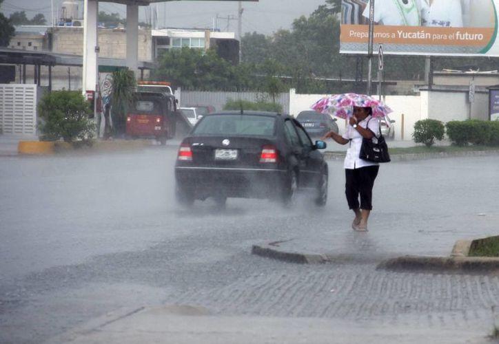 La lluvia cayó con más fuerza en la zona sureste de Mérida. (Juan Albornoz/SIPSE)