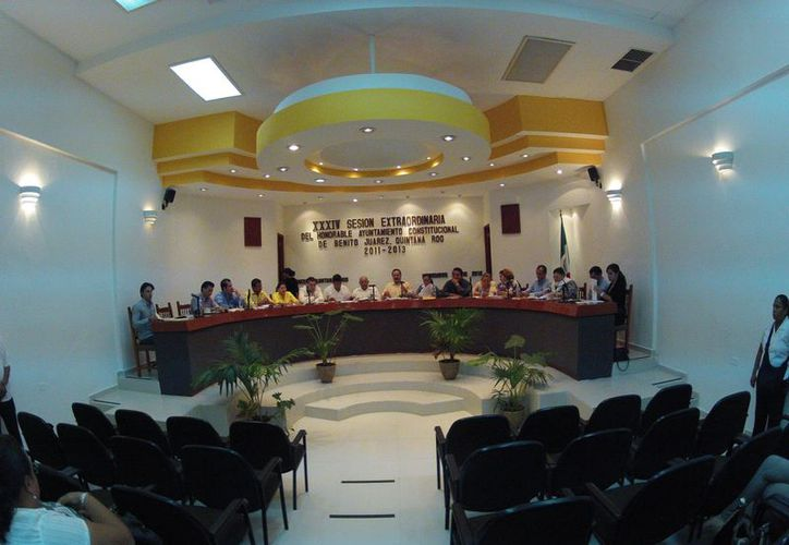 Durante la sesión de Cabildo, con 16 votos a favor y uno en contra, se aprobó llevar a cabo el proyecto. (Juan Estrada/SIPSE)