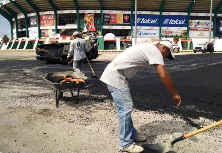 El estacionamiento del parque Kukulcán prácticamente está listo. (Milenio Novedades)