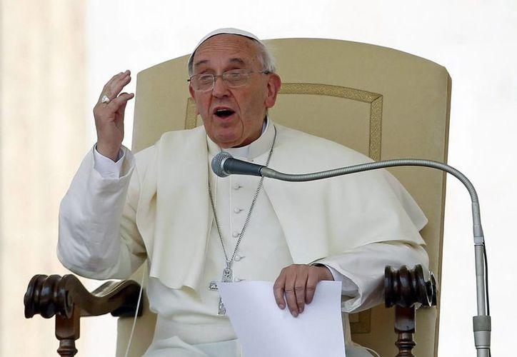 Francisco dijo que el Señor sabe porqué hace las cosa. (Archivo/EFE)
