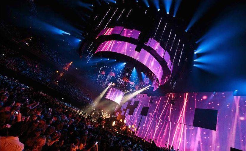 El escenario de los European Music Awards 2013. (EFE)