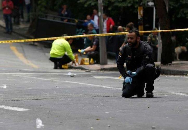 La matanza se registró cuando personas compartían en un bar. (AP)