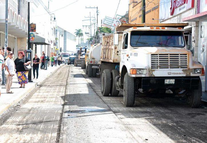 Las calles del centro de la ciudad serán repavimentadas en dos etapas. La primera termina el próximo 30 de noviembre. (Milenio Novedades)