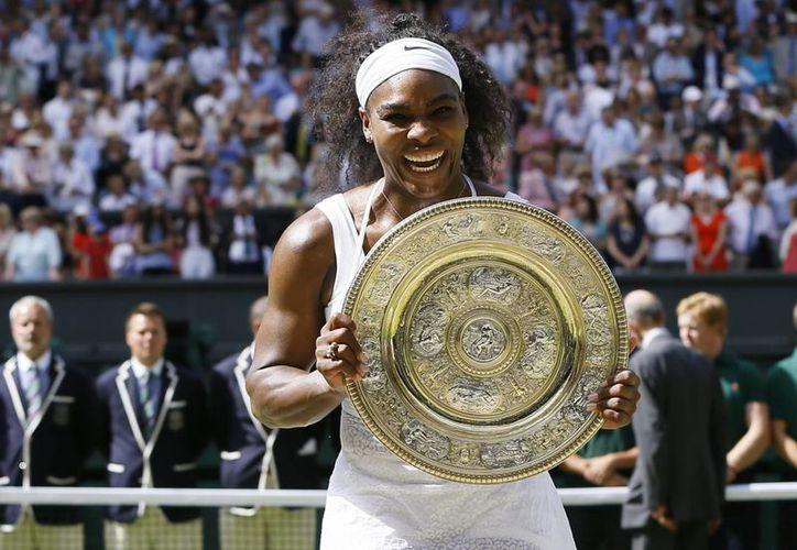 La menor de las hermanas Williams, Serena, de 33 años, está a un título de Grand Slam del récord que tiene la alemana Steffi Graff (22) y podría ganar los cuatro grandes en un mismo año si se impone en septiembre en el Abierto de EU. (AP)