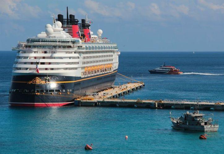 El segmento de cruceros en los puertos de Quintana Roo registró a octubre del 2012 una pronunciada tendencia a la baja. (Redacción/SIPSE)