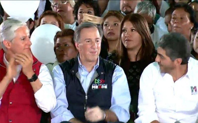 En su mitin de campaña, Meade estuvo acompañado por el gobernador Alfredo del Mazo Maza. (Foto: Captura del video)