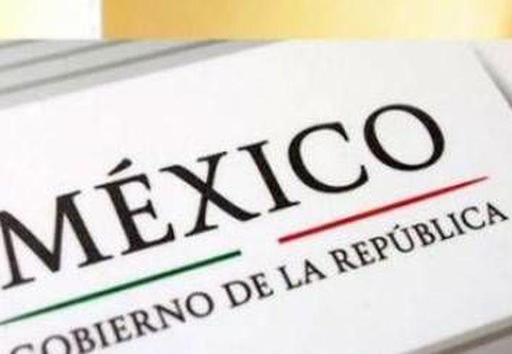 Junto con su socio Cristóbal Henestrosa, el yucateco Raúl Plancarte (foto) es autor de la letra oficial del Gobierno de la República. (Óscar Pérez/SIPSE)
