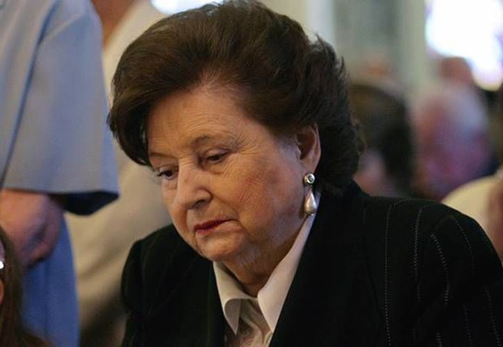 Lucía Hiriart viuda de Pinochet presenta algunos problemas de salud que impiden que acuda ante la justicia, que la acusa de malversación de fondos públicos. (Actualidar RT)