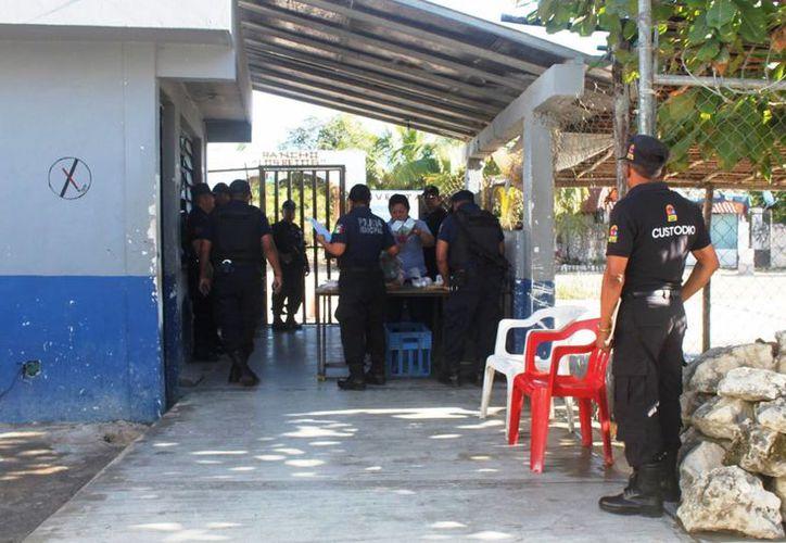 Esperan recibir a 800 visitantes en la cárcel de Playa del Carmen. (Daniel Pacheco/SIPSE)