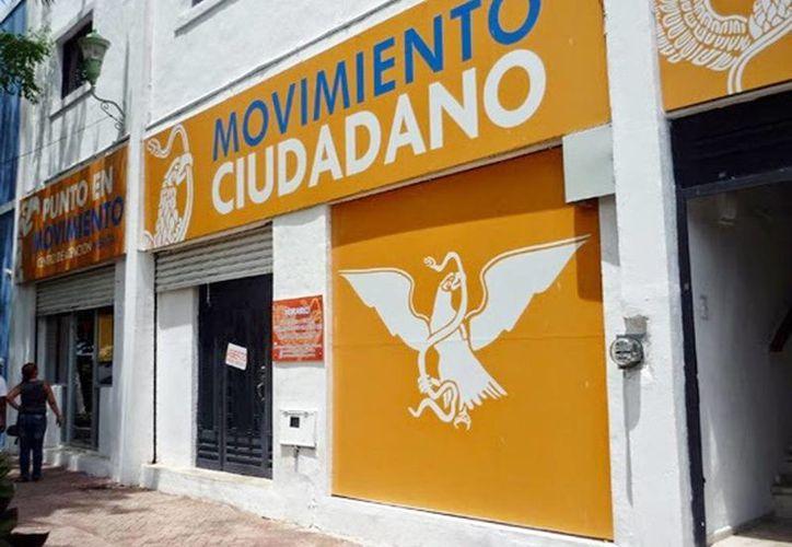 Movimiento Ciudadano no recibirá financiamiento durante 2016. Empresarios yucatecos están inconformes por el aumento millonario a partidos políticos.(Milenio Novedades)