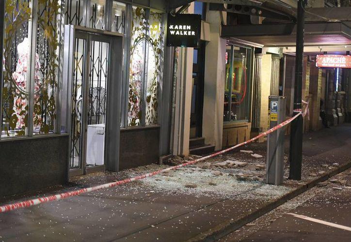 Un temblor de magnitud 7.8 sacudió Nueva Zelanda, y aunque estuvo 'lejano' de las zonas pobladas, causó algunos daños en ciudades como la capital Wellington (foto). (The Associated Press/Ross Setford)