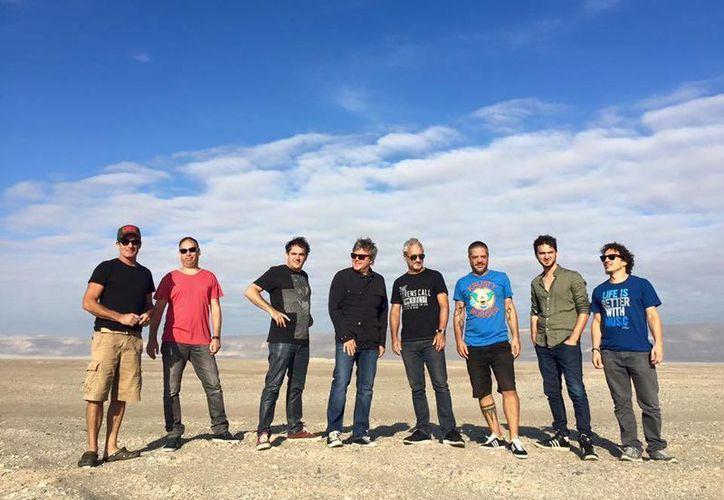 La banda se presentará este sabádo 9 de abril en la Carpa Astros de la Ciudad de México.(Foto tomada de Facebook/Pericos)