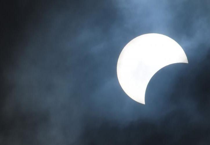 Este lunes 21 de agosto el fenómeno podrá ser observado en todo el territorio mexicano.  (Imagen tomada de bigstockphoto.com/underworld1)