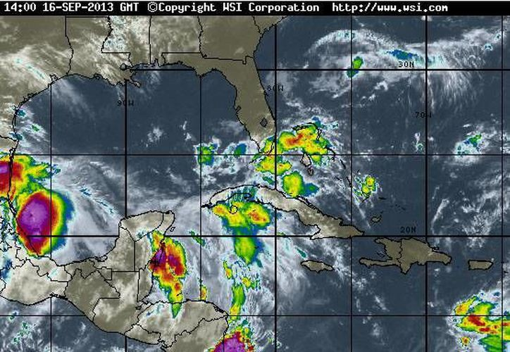 Descenderá la temperatura en Quintana Roo. La probabilidad de precipitación es de 80%. (www.intellicast.com)
